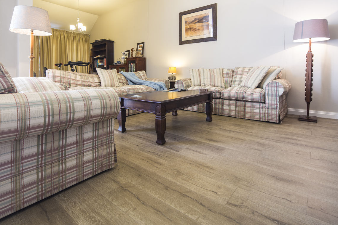 Inovar Royal Oak Finfloor