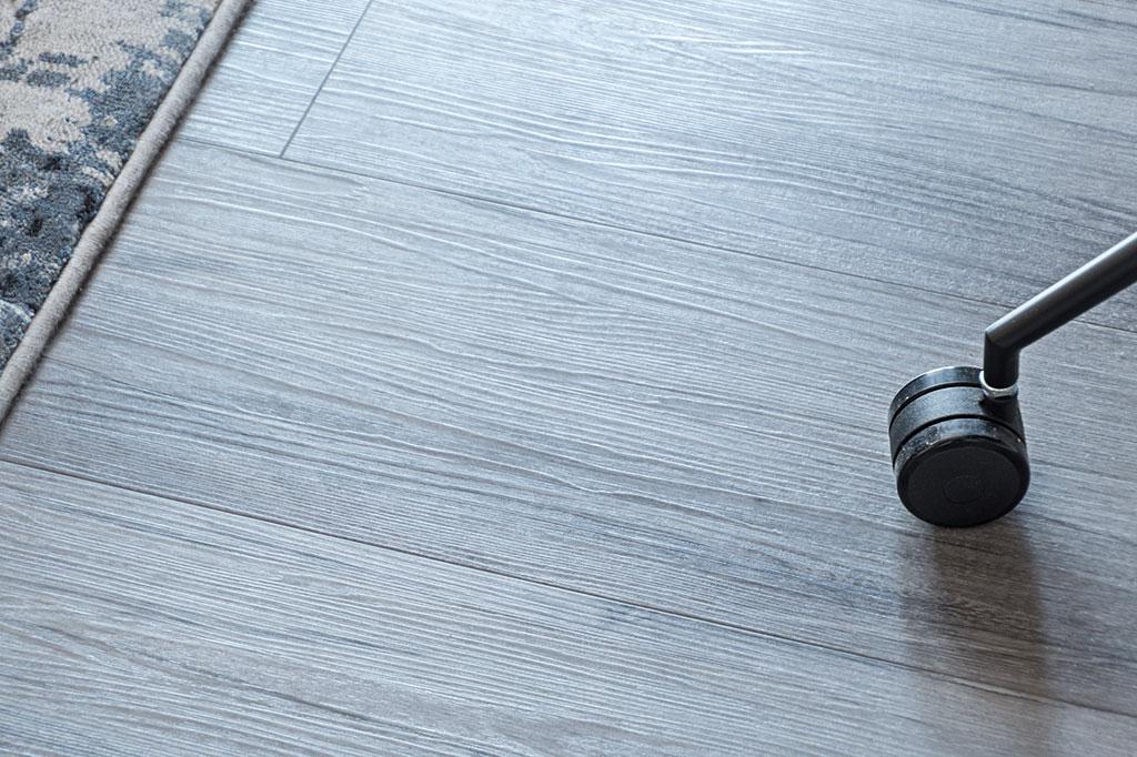 Black diamond Vinyl bedroom floor